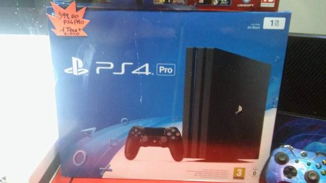 PlayStation 4 PRO da 1TB + un gioco